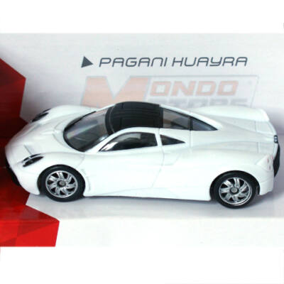 Super Fast Road: Pagani Huayra fém autómodell 1/43