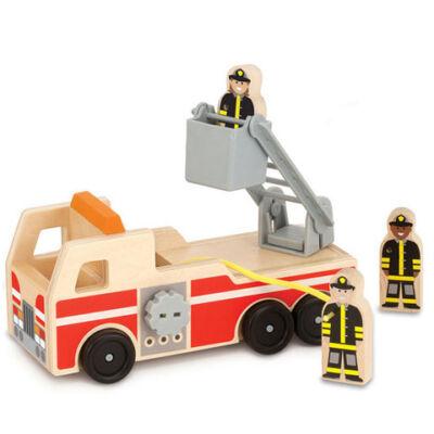 Fa létrás tűzoltóautó