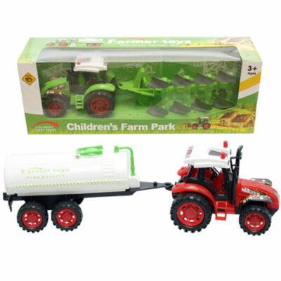 Farm traktor vontatvánnyal többféle változatban