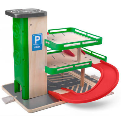 Három szintes fa parkológarázs 5 db autóval – Woodyland