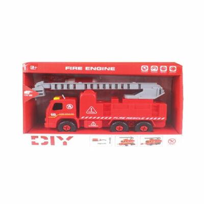 Szétszerelhető létrás tűzoltóautó hanggal és szerszámokkal